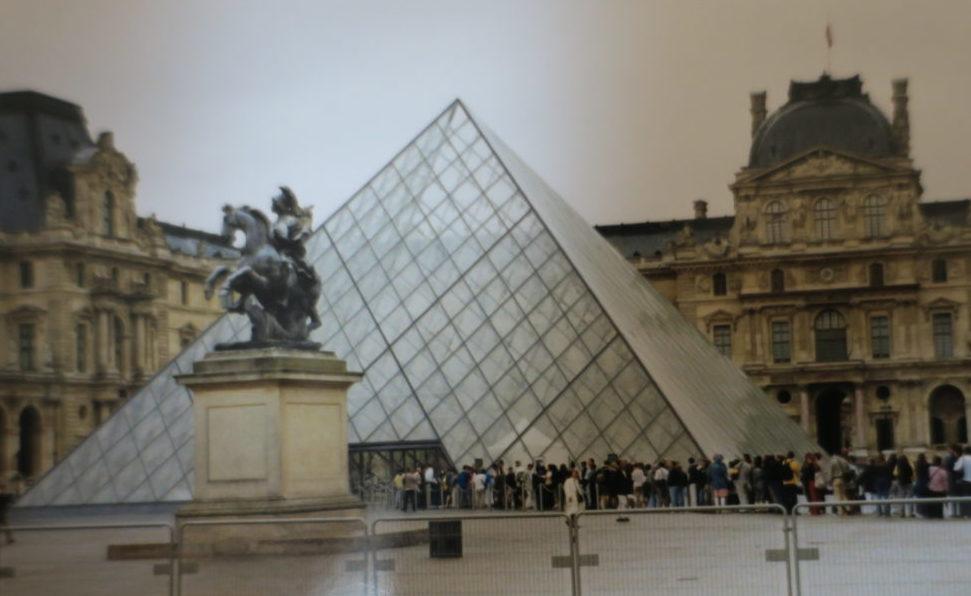 パリ ルーブル美術館にて 絵画鑑賞